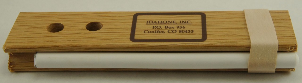 Idahone 5-inch Ceramic Sticks, Fine, oak base