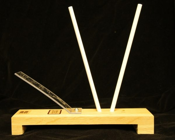 Idahone 9in  Ceramic Sticks - Fine, oak base