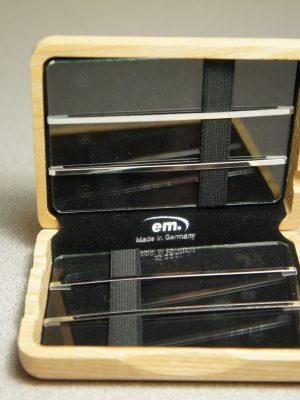 Medir Alto Saxophone Reed case, holds 6 reeds