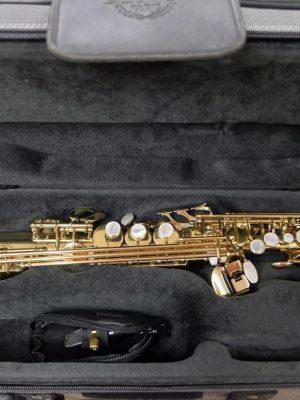 used saxophones for sale buy used pre owned saxophones online. Black Bedroom Furniture Sets. Home Design Ideas